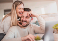 7 BEST RELATIONSHIP GUIDE FOR COUPLES LIVING TOGETHER – IN 2020