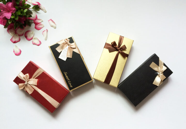 Elegant gift packaging can add extra value in your gifts
