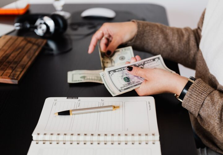Which one is better, Buying a loan online Vs. Buying locally