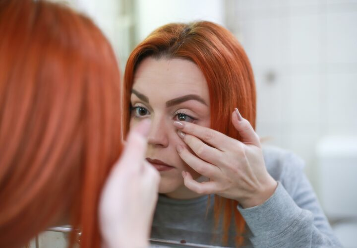 Contact Lens Tips for Winter