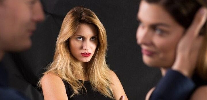 Love Triangle: The Way to Cope with The Situation?