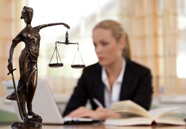 4 Reasons To Hire An Attorney To Win Your Case