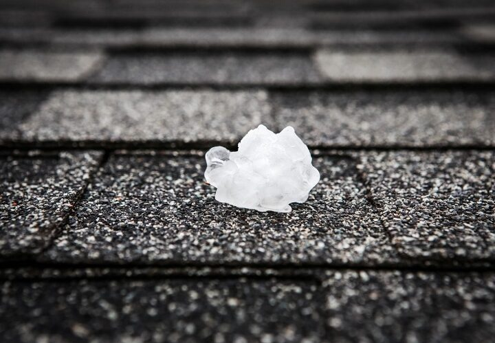 These Are the Common Signs of Roof Hail Damage