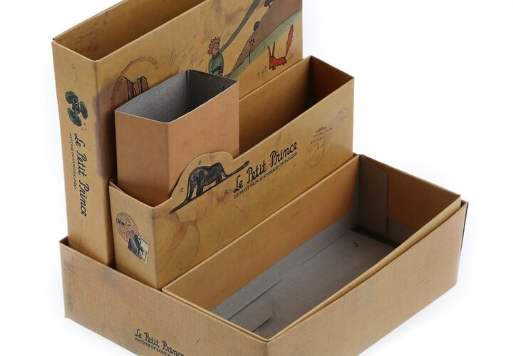 Read the most Common Display Boxes Benefits for Wholesale Business