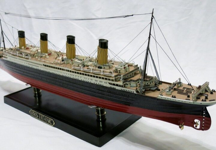 How to make a Titanic model