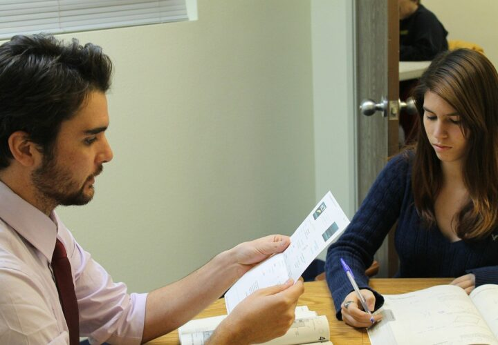 What's It Like Learning a New Language from a Tutor?