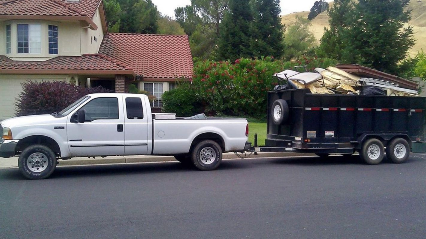 junk hauling & removal services in Lakewood Ranch