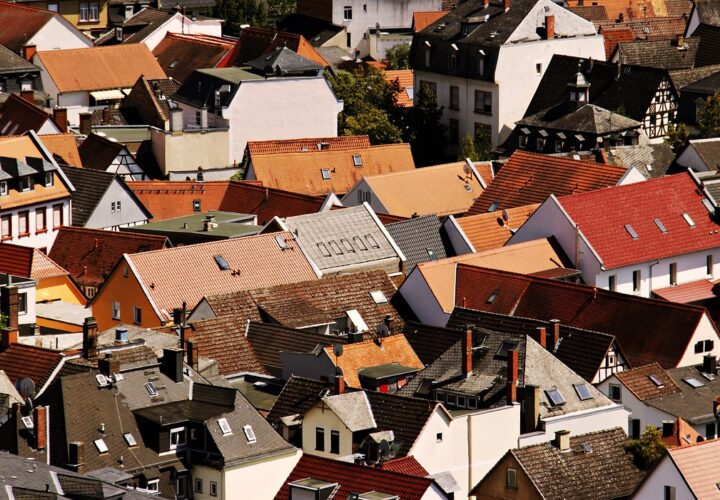 5 solid reasons why you should take care of your roof