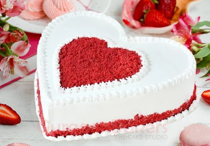 Which types of cakes order for anniversary?