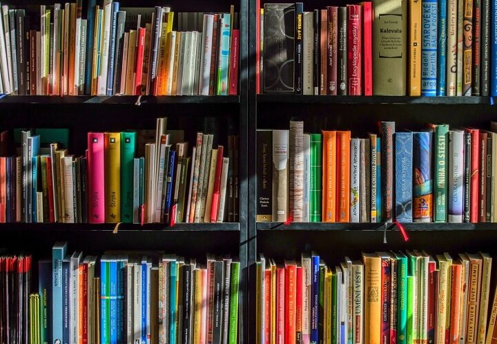 5 Awesome Reasons Why You Should Donate Old Books