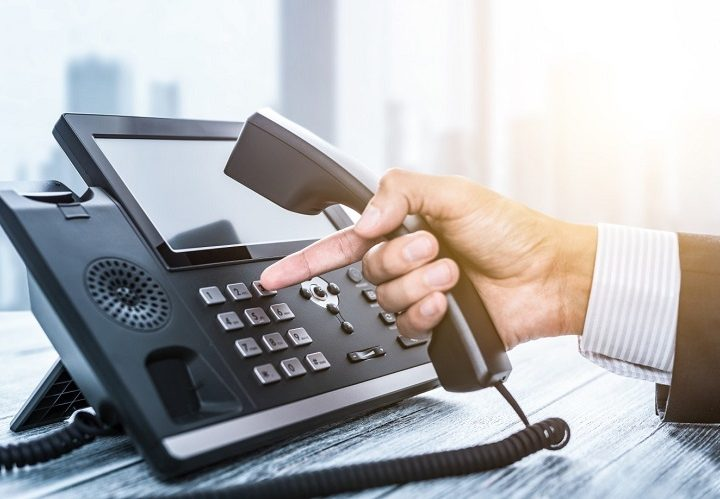 5 Mighty Advantages of Using a Business Phone System