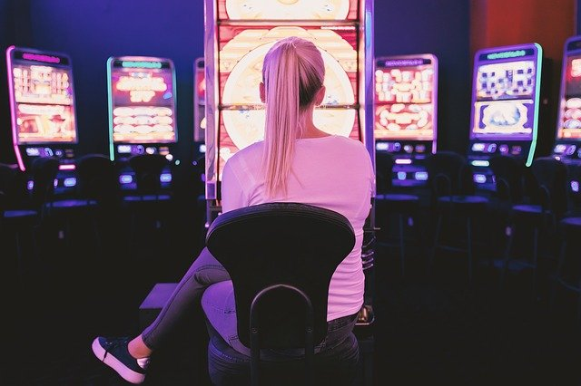 How Can I Pick A Slot To Play Online?