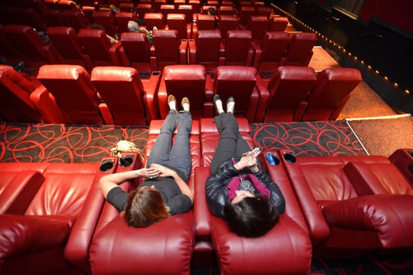 Three Causes to View Movie Online and Ditch the Theater Programs