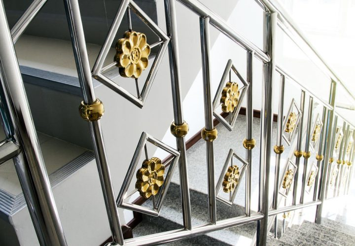 Types of Glass Railings That You Can Install On Your Balustrade And Handrail