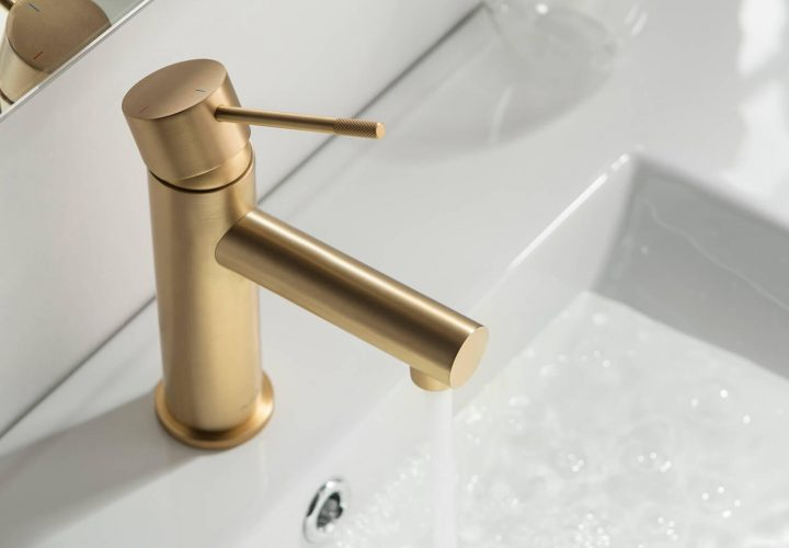 Brass Single Handle Bathroom Vanity Sink Faucet