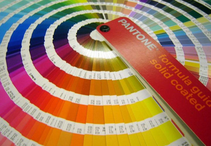 How to Choose Colors Contrast Inside Pantone, CMYK and RGB Colors?