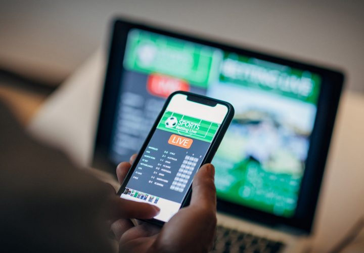 How to Make Money With Online Betting Without Risk