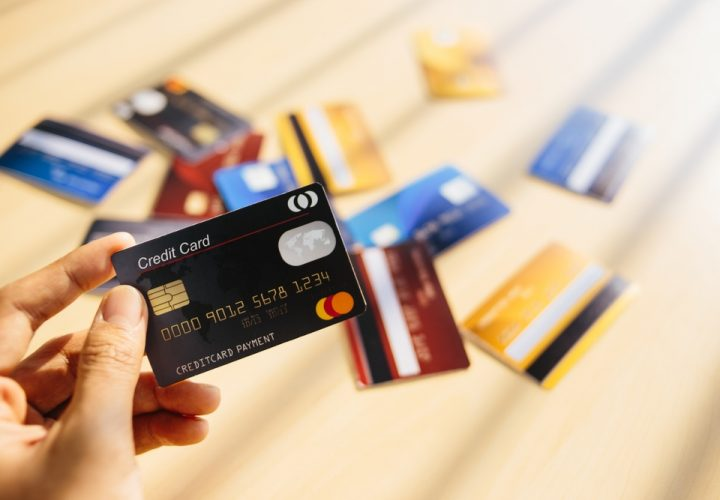 Top 10 Credit Cards (With No Annual Fee) To Get in India in 2022