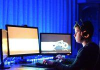 Best gaming desk 2021: top standing, L-shaped, and motorized desks