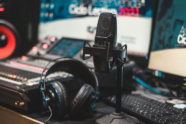 How to set up a music studio